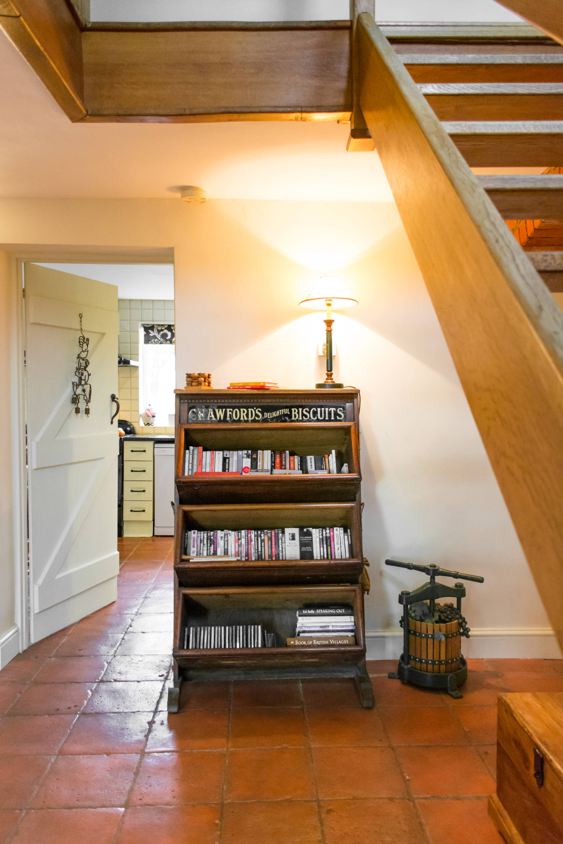 Entrance hallway bookcase.
