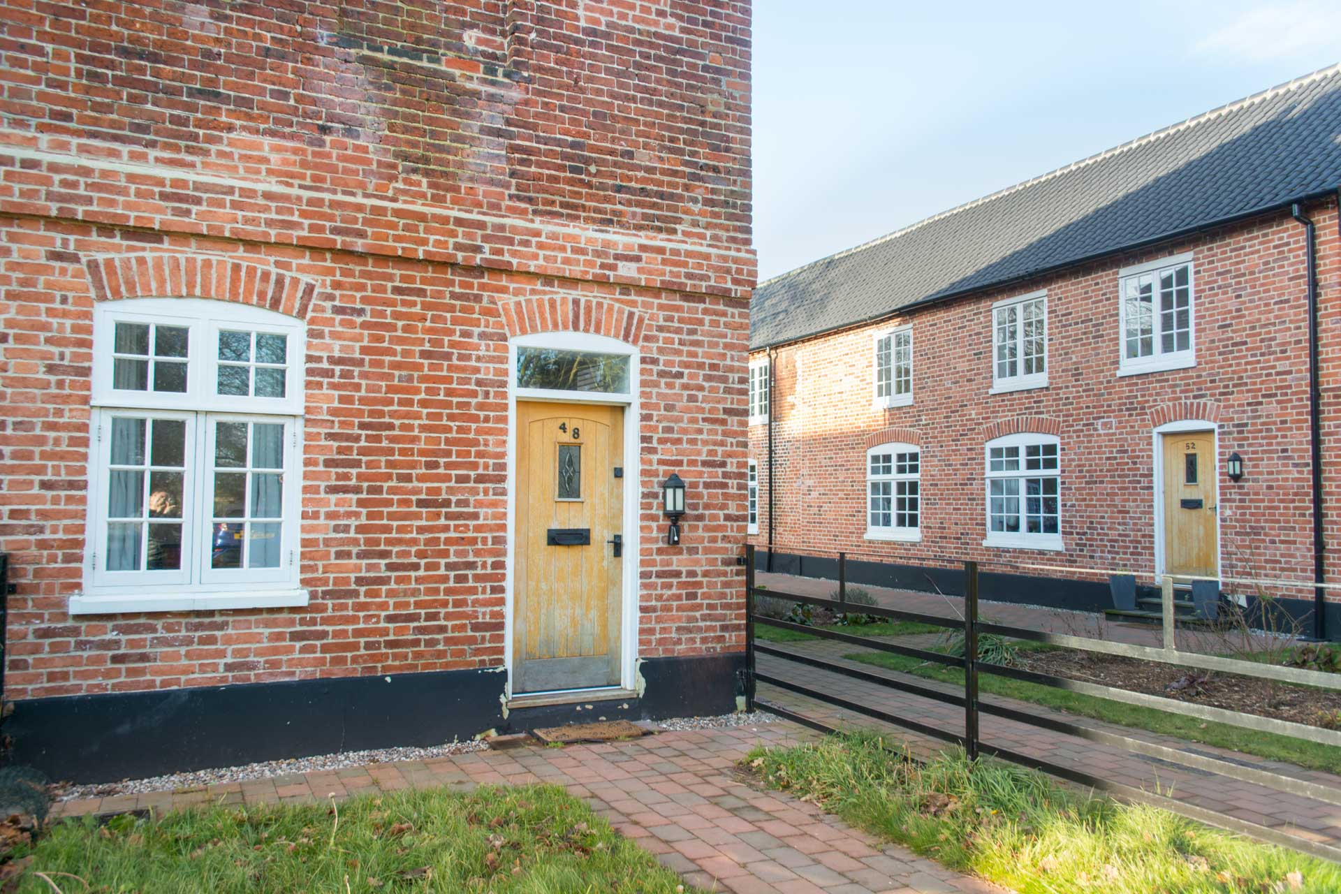 Heckingham park front garden area and property entrance.