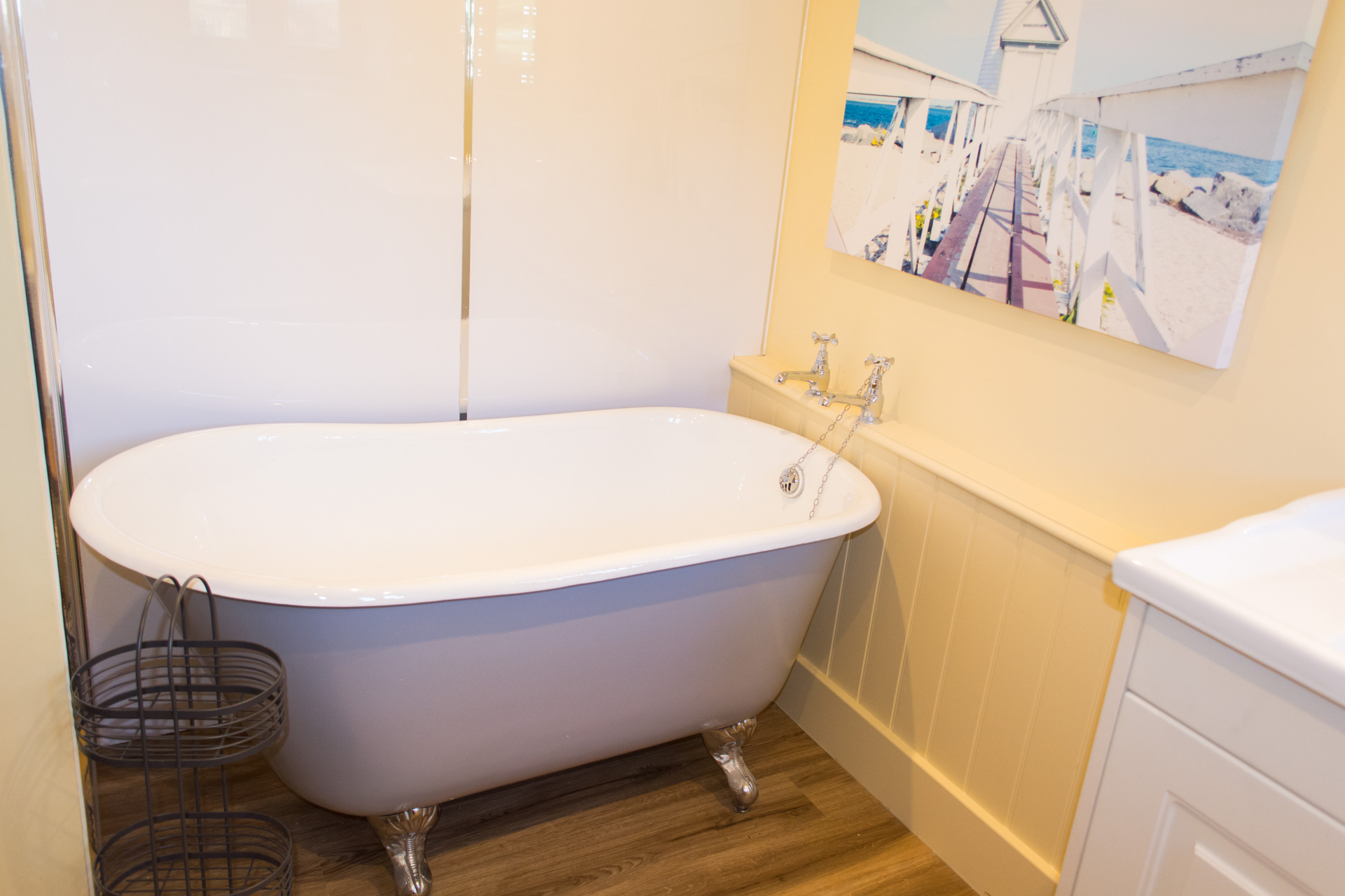Bath tub in the downstairs bathroom of the holiday cottage.