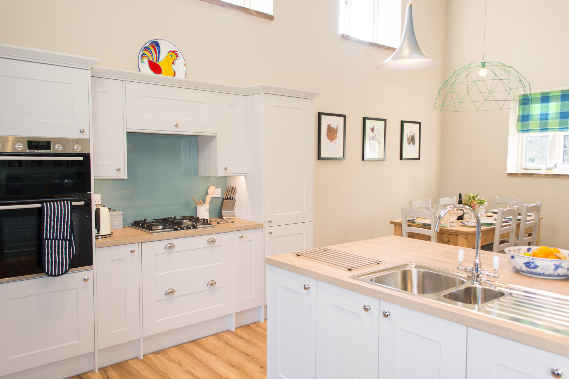 Kitchen facilities and dining table.