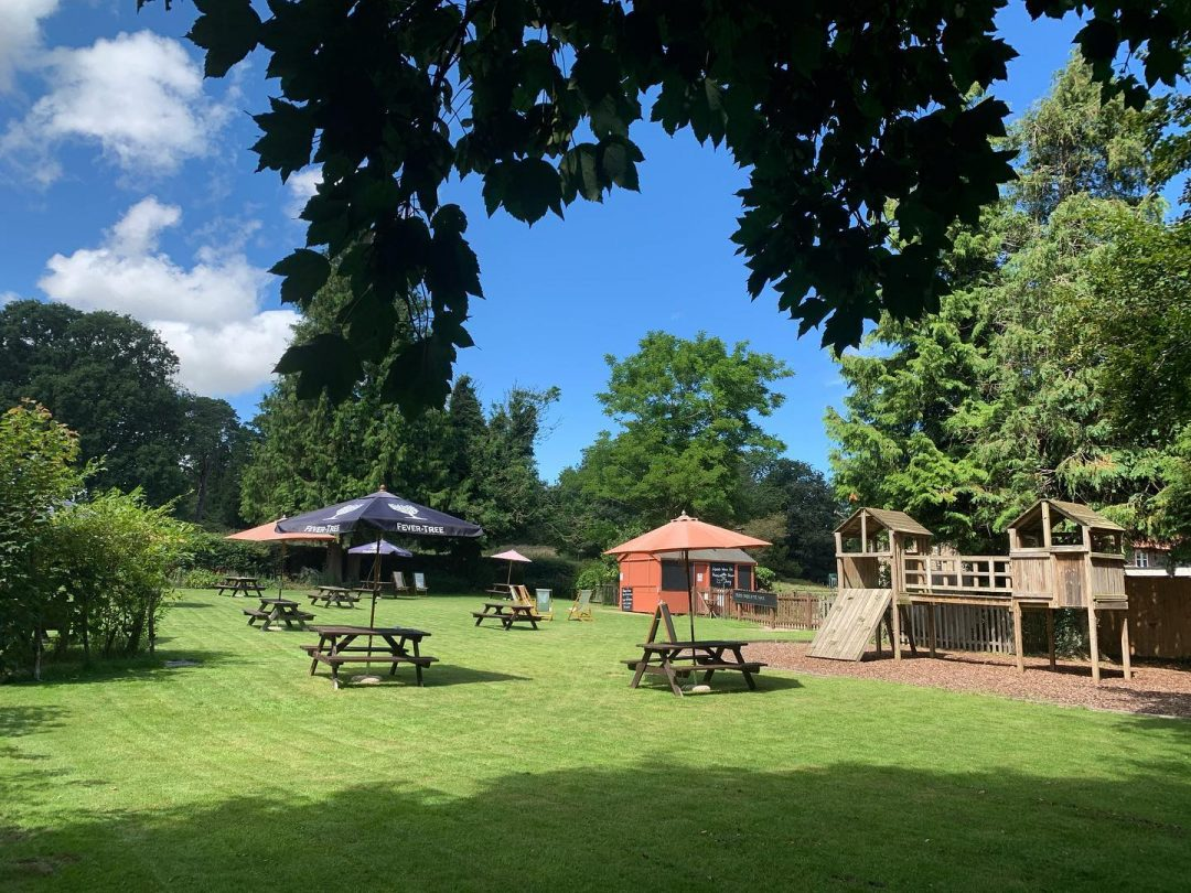 The Kings Head Letheringsett garden and child's play area.